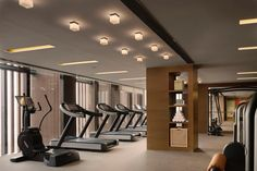 Diller Scofidio + Renfro and Rockwell Group's 15 Hudson Yards Tops Out,Fitness Center. Image Courtesy of Related-Oxford Gym Interior, Interior Design, Beijing Hotels, Hotel Gym, Gym Lockers, Home Gym Design, Gym Decor, Best Home Gym, Gym Room