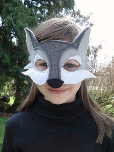 Masque de loup par herflyinghorses sur Etsy