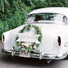 31 Neutral Wedding Color Palette Ideas Wedding Getaway Car with Wreath Budget Wedding, Our Wedding, Elegant Wedding, Wedding Blog, Wedding Planner, Budget Bride, Sophisticated Wedding, Wedding White, Wedding Ceremony