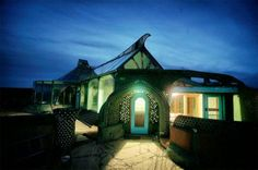 The 1.5 million dollar earthship. They don't get much sexier than this. Year round temperature control, too.
