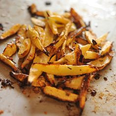 Rutabaga Fries - add your favorite spices and herbs to a bit of oil; Veggie Recipes, Snack Recipes, Healthy Recipes, Protein Recipes, Healthy Food, Swede Recipes, Rutabaga Recipes, Recipe Database, Good Food