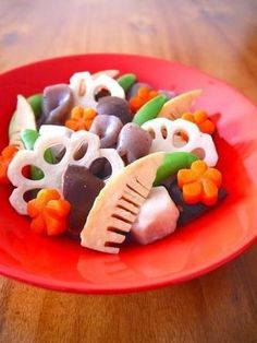 お弁当にも活用できる♪おせち料理を格上げする飾り切りテクニック集