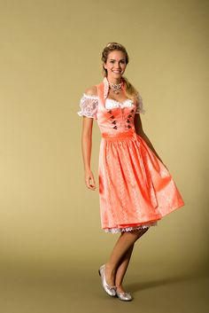 Dirndl in Neon-Orange