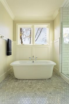 Sweet Retreats for Small Bathrooms