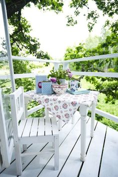 a country porch Porch And Balcony, Outdoor Balcony, Home Porch, Outdoor Spaces, Outdoor Gardens, Outdoor Living, Outdoor Decor, Porch Nook, Porch Table