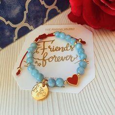Diy Crafts Jewelry, Cute Jewelry, Beaded Jewelry, Beaded Bracelets, Bracelet Display, Jewellery Display, Handmade Necklaces, Handmade Jewelry, Wish Bracelets