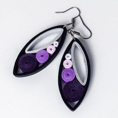 12 Awesome Paper Quilling Jewelry Designs To Start Today Paper Quilling Earrings, Paper Quilling Patterns, Neli Quilling, Quilling Paper Craft, Quilling Ideas, Paper Jewelry, Fabric Jewelry, Paper Beads, Jewelry Crafts