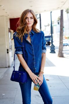 Chiara Ferragni The Blonde Salad Calvin Klein denim jeans and shirt Calvin Klein Sofie Duffle Bag #streetstyle #denim