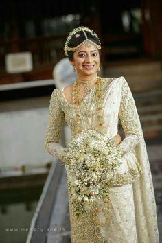 Muslim Bridal Gowns Fresh Muslim Bridal Dresses In Sri Lanka – Dacc Arab Wedding, Wedding Bride, Gold Wedding, Bridal Wedding Dresses, Wedding Attire, Sri Lankan Bride, Srilankan Wedding, Cascading Bridal Bouquets, Wedding Beauty