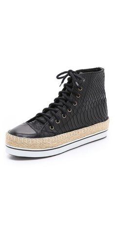 new concept 3fb85 a8df0 16 Best Sneakers images   Nike shoes, Slippers, Free runs