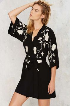 In Bloom Kimono Robe - Black - Sale: Newly Added | Sale: 40% Off | Back In Stock | Lounge + Sleep | Lingerie | Black Friday Clothes | Clothes | 30% Off Black