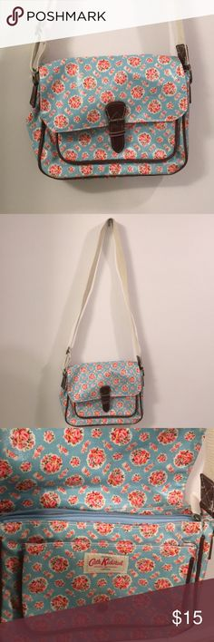 Catch kidston messenger bag Never used super cute. Lots of places to put your stuff! cath kidston Bags Crossbody Bags