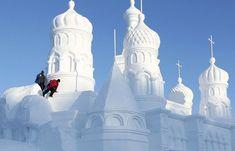 #Chinas-Snow-World-Festival-2012.