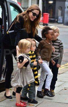 Angelina Jolie - Pitt Kids! (9 pictures)