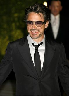 So handsome...RDJ