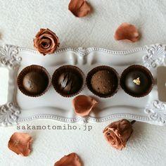 粘土チョコレートトリュフ作りました  clay chocolate truffles Napkin Rings, Clay, Sweets, Gallery, Clays, Gummi Candy, Roof Rack, Candy, Goodies