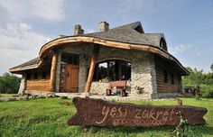 Bieszczady noclegi - wypoczynek w górach - Gęsi Zakręt Central Europe, Log Homes, Poland, Teak, Gazebo, Outdoor Structures, Cabin, House Styles, Places