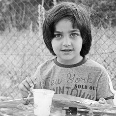 Syrian Child #syria #freesyria #weissensee #berlin #buntersamstag #malen #greeneyes #refugeeswelcome #ankommen #happychild #anthez