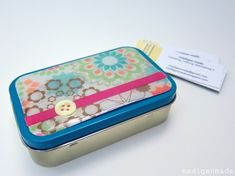 Make a Business Card Holder from an Altoids Tin   (via Madigan Made)