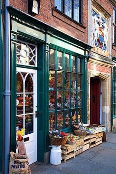 """""""The Hairy Fig"""" deli and shop on Fossgate, York, England"""