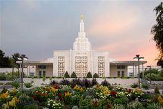 Idaho Falls 04.  Robert A Boyd Fine Art.  #IdahoFalls04 #IdahoFallsTemple #MormonTemple #Mormon #LDSTemple #LDS #Art  #BoydFineArt  @Boyd_Fine_Art