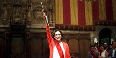 Ada Colau bei ihrer Vereidigung als Bürgermeisterin Barecolans.