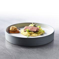 Special Cuts - Renaissance vergessener Fleischstücke: Duo vom Swiss Rib Eye Cap Kampot, Polenta, Mayonnaise, Pak Choi, Renaissance, Serving Bowls, Steak, Cooking, Tableware
