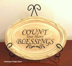 Home decorating ideas diy how to make a beautiful antiqued plaque from a dollar store tray. cheap and easy… – awesome home design ideas and decor Diy Thanksgiving, Thanksgiving Decorations, Christmas Centerpieces, Christmas Decorations, Vinyl Crafts, Vinyl Projects, Craft Projects, Sharpie Crafts, Halloween Projects