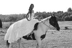 Beautiful black and white wedding photo of @Lauren Davison Davison Tutherow and her horse Colors of Autumn
