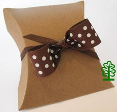 Simple but elegant eco-friendly pillow boxes can be a fast and easy solution to your favor packaging needs. Simply change the ribbon color to match your color theme.