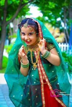 Cute Kids Pics, Cute Baby Girl Pictures, Cute Girls, Mommy Daughter Dresses, Dresses Kids Girl, Kids Outfits, Kids Indian Wear, Kids Blouse Designs, Baby Girl Dress Patterns