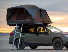 In case you haven't had a thrilling weekend journey for a very long time, plan a camp with a roof tent. Quite a lot of Australian companies stock stur. Roof Rack Tent, Roof Top Tent, Subaru Outback Offroad, Camper Trailer Tent, Lifted Subaru, Car Tent, Travel Camper, Jeep Camping, Top Tents