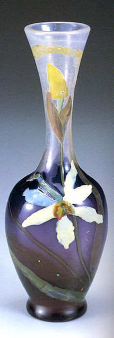 Emile Gallé Vase with Narcissus 1898-1900(Model exhibited at the 1900 Paris World Exposition) Kitazawa Museum of Art 「水仙文花瓶」