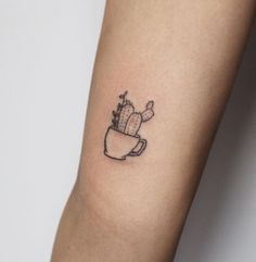 2017 trend Tiny Tattoo Idea - lil cactus for Aurianna ...