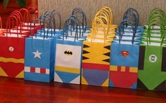 A fun way to jazz up paper bags for a superhero party! Avenger Party, 6th Birthday Parties, Boy Birthday, Super Hero Birthday, Avenger Birthday Party Ideas, 5th Birthday Party Ideas, Spy Party, Farm Party, Party Props
