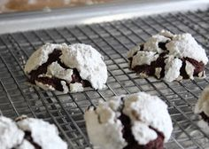 I don't think I've ever been involved in a holiday cookies swap (apparently you need to have like-minded friends), but if I were, I'd brin...