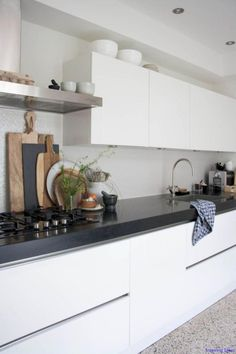 Modern Kitchen Interior Homes With Heart: Classical Modern Family Home Home Decor Kitchen, Kitchen Interior, New Kitchen, Kitchen Black, Kitchen Ideas, Kitchen Modern, Kitchen Paint, Boho Kitchen, Scandinavian Kitchen