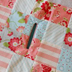 The Patchsmith's Sewing Machine Cover    My sewing machine cover is complete and, as promised, here is how I did it (grab a cuppa - this i...