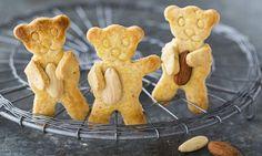 Mandelbärchen - Rezepte - Schweizer Milch Snacks, Gingerbread Cookies, Biscuits, Baking, Desserts, Switzerland, Food, Recipe, Butter