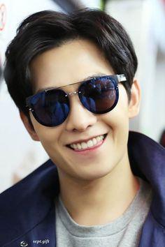 Love his smile 😍😍😍😍 Yang Chinese, Chinese Boy, Handsome Actors, Cute Actors, Asian Actors, Korean Actors, Love 020, F4 Boys Over Flowers, K Pop