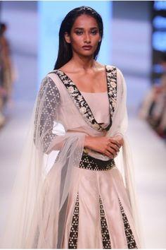 Payal Singhal Bridal Collection : PARVANEH LEHENGA