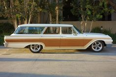 '61 Ford Galaxie Country Squire