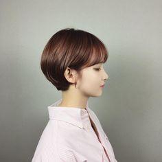 Short Brown Hair, Girl Short Hair, Short Hair Cuts, Short Hair Styles, Short Bob Hairstyles, Braided Hairstyles, Mushroom Haircut, Ombre Hair, Hair Lengths