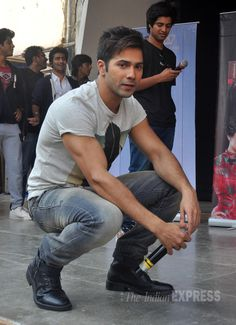 Varun Dhawan poses for the shutterbugs behind the stage while promoting Badlapur. #Bollywood #Fashion #Style #Handsome