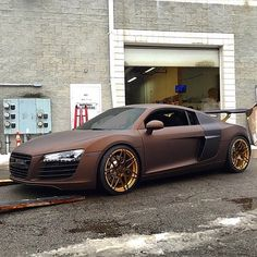 """""""#Audi #R8 Built by @innovativeauto photo by @onrailsengineering"""""""