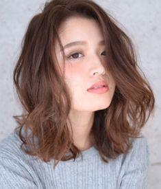 Những kiểu tóc giúp nàng tóc mỏng thoát khỏi nỗi lo phần tóc thưa đỉnh đầu