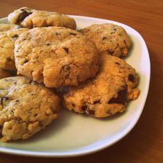 Cookies au beurre de cacahuète (et aux pépites de chocolat)