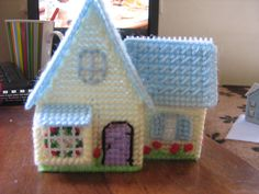 Casita en plastic canvas