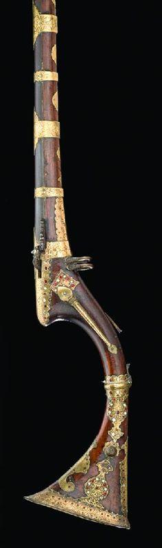 A 14 BORE SIND FLINTLOCK MUSKET, MID-19TH CENTURY