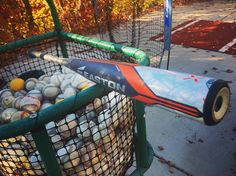 Look a balanced bat. @eastonbaseball Ghost X in the cage today. #bpweather